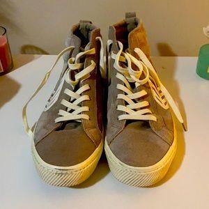 Men's cariuma high top shoes